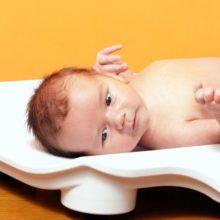 Стоит ли волноваться, если ребёнок плохо набирает вес на грудном вскармливании