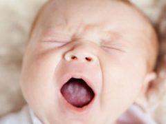 Белый язык у грудного ребенка