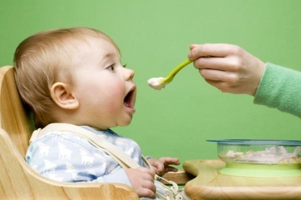 Кормление ребенка до года