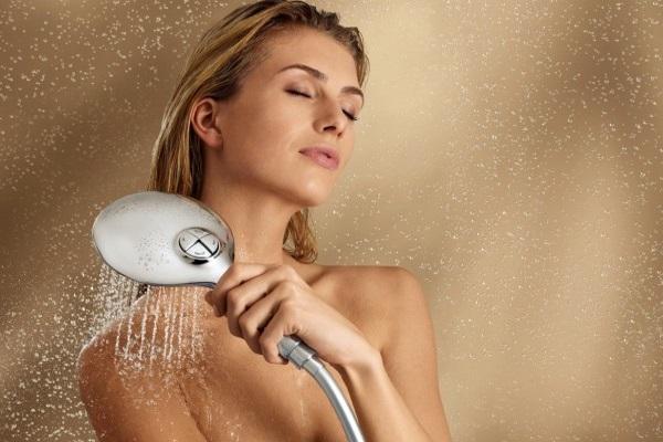 Контрастный душ для груди