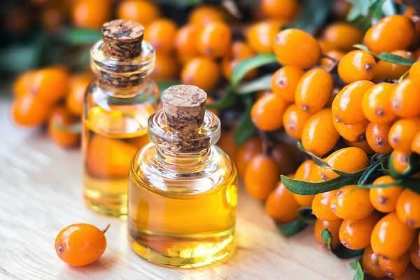 Облепиховое масло на столе