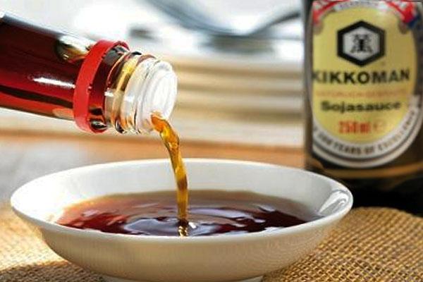Соевый соус из бутылки
