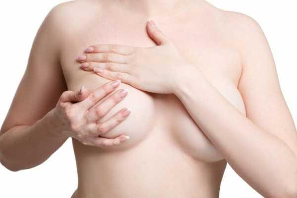 Сцеживание груди руками