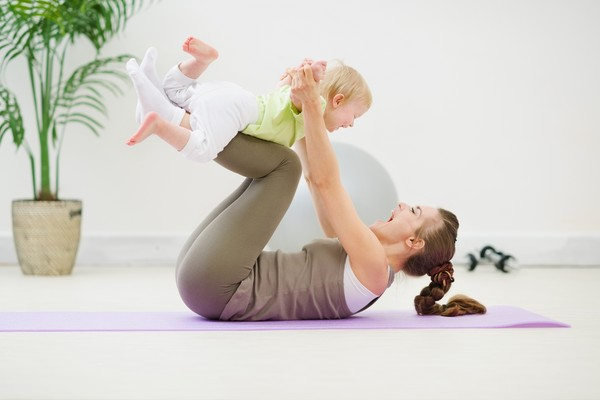 Тренировка вместе с младенцем